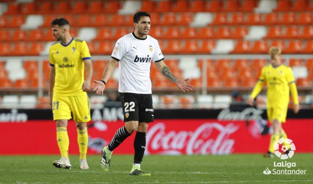 Валенсија едвај спаси реми со Кадиз за да излезе од зоната за испаѓање