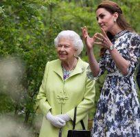 """Кралицата преку """"Инстаграм"""" ѝ го честита роденденот на Кејт Мидлтон"""