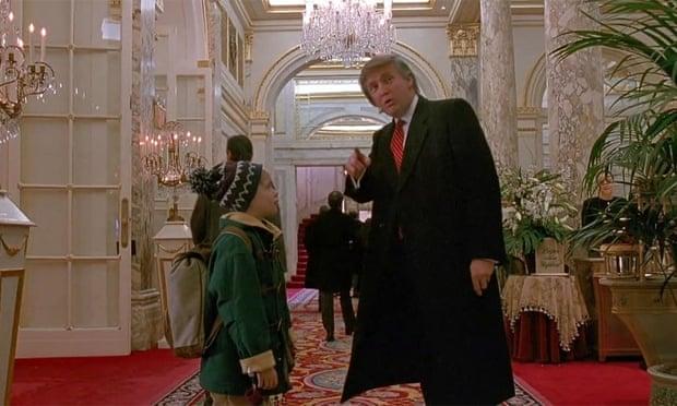 """Меколи Калкин сака да се избрише сцената со Трамп од """"Сам дома 2"""""""