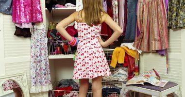 Моден предизвик - Oслободете се од вишокот гардероба со помош на неколку прашања