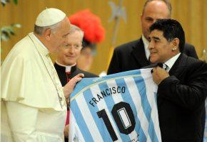 Папата Франциск: Диего беше поет на теренот, шампион… го осудувам неговото користење на допинг