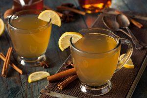 Смирете го воспалението на синусите со домашен чај од мед и јаболков оцет