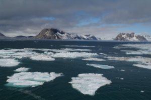 Стопени се билиони кубни тони глечери и лед од Земјата