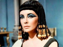 Тајните рецепти на Клеопатра за убава и негувана кожа