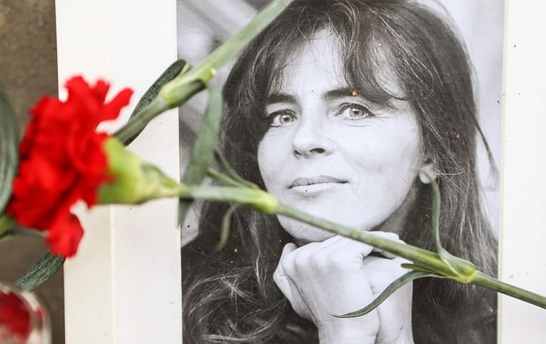 """Хрватскиот неделник """"Глобус"""" ѝ се извини на Мира Фурлан за објавен текст од 1992 година"""