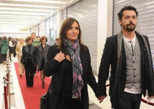 """""""Елена е самохрана мајка која им засмета на другите жени"""", Висар Вишка јавно ја одбрани бившата жена"""