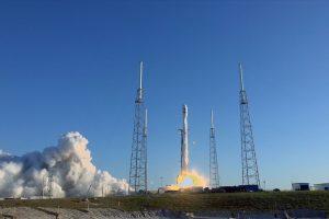 SpaceX лансираше најголем број сателити во една мисија – дури 143