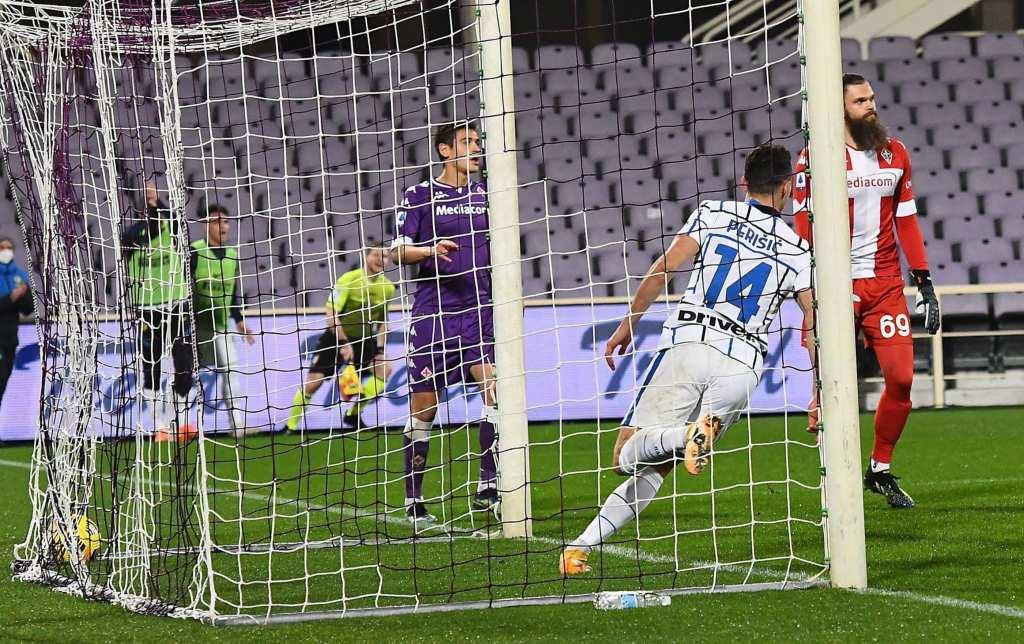 Интер во Фиренца се искачи на врвот на Серија А