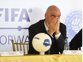 Инфантино за СП во Катар: Стадионите ќе се полни, а короната победена!
