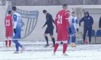 """Работнички подобар на снегот во Струмица """"академците"""" се """"лизнаа"""" со 1-0"""