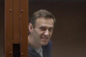 Алексеј Навални се жали на тортура во затворот