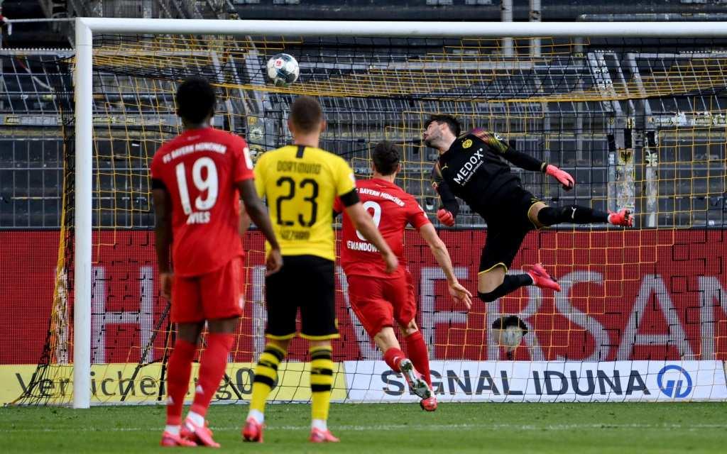 Баерн моќен во дербито – Левандовски со хет-трик ги поништи головите на Халанд