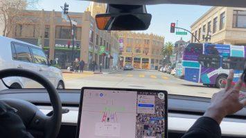Како во пракса функционира системот за самостојно возење на Tesla (ВИДЕО)