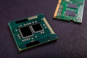 Направенa RAM меморија од 512 GB: Двојно побрза, а троши помалку сила