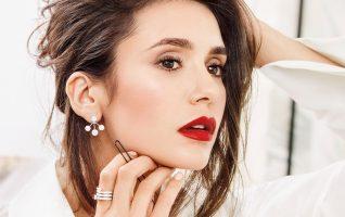 (Фото) Бугарската актерка Нина Добрев рекламира парфеми на Диор