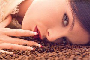 Домашни третмани со кафе за убава и здрава кожа