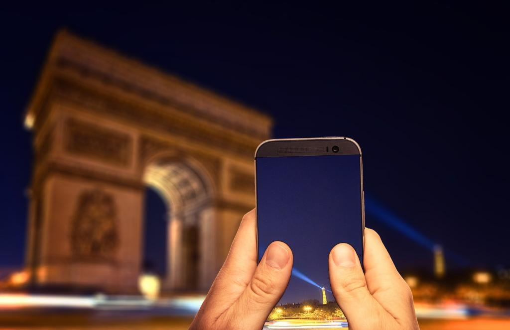 Париз даде зелено светло за комерцијална имплементација на 5G во градот