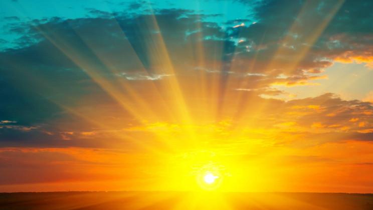 Сончевата светлина го онеспособува коронавирусот осум пати побрзо отколку што се мислеше