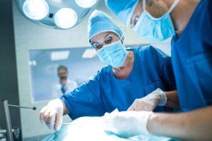 Во Австрија на пациент му ампутирале погрешна нога, одговорната лекарка самата побарала да биде суспендирана