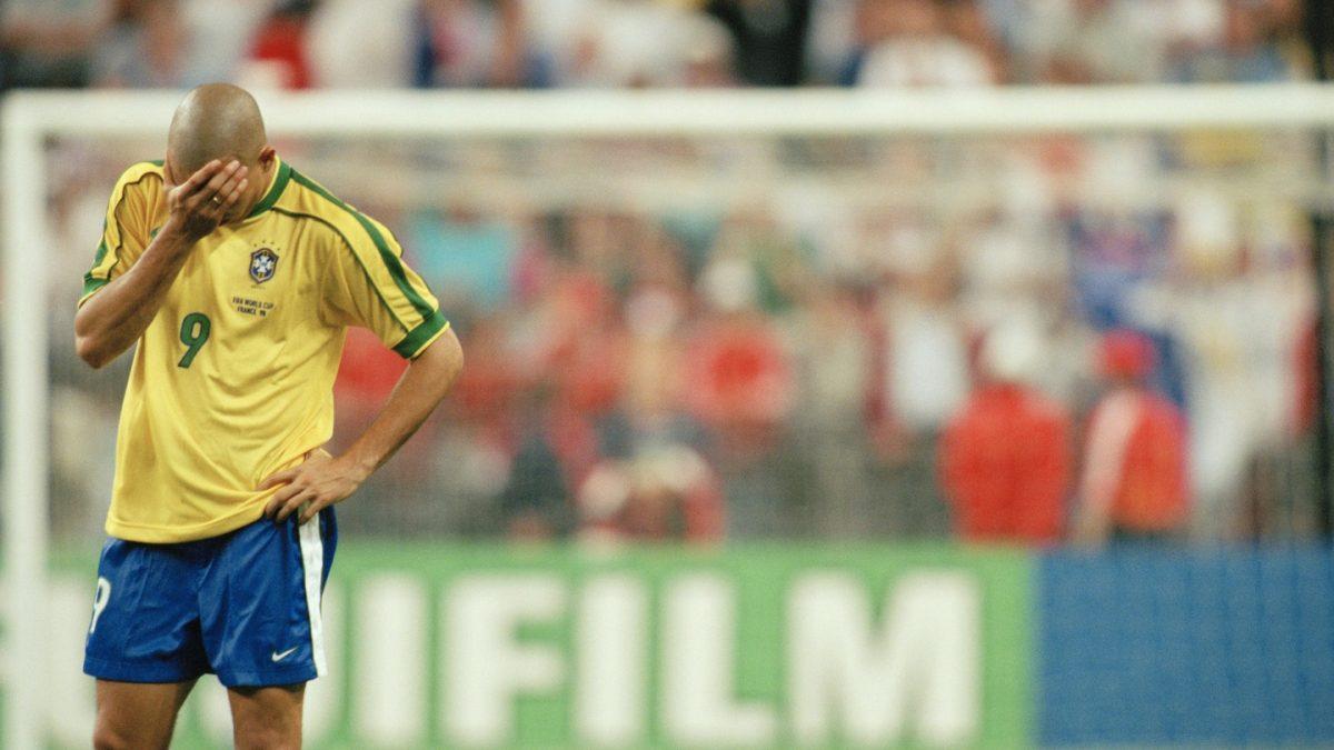 """Како Французите """"коваа"""" стратегија да го сопрат Роналдо пред финалето во 1998"""