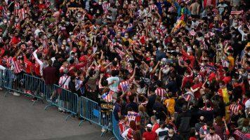 Млад навивач на Атлетико загина за време на прославата на титулата