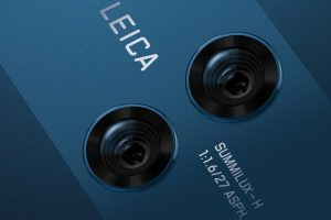 Leica бара нов партнер, кандидати се Xiaomi и Honor