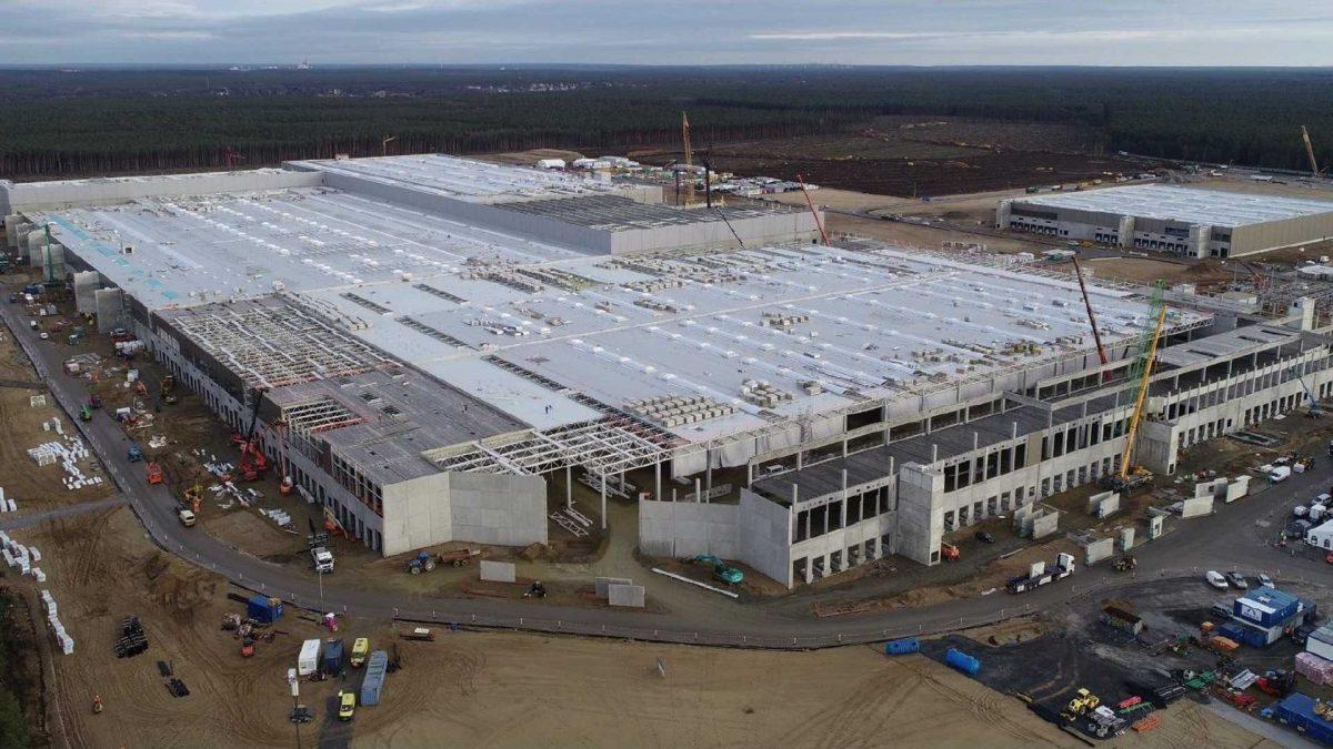 Tesla го одложи отворањето на фабриката во Германија