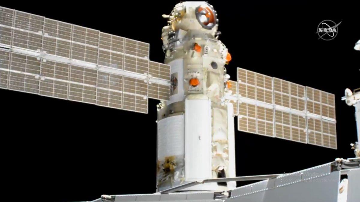 По долго одложување, рускиот научен модул стигна до Меѓународната вселенска станица
