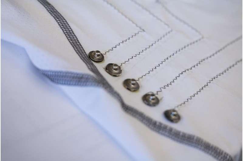 """Развиен нов материјал што ќе направи револуција во """"носечката технологија"""" (ВИДЕО)"""